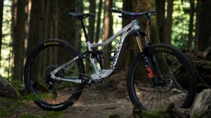 Win a Custom Knolly Fugitive mountain bike!